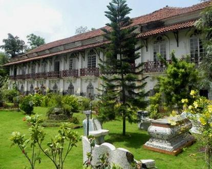 Menezes Braganza Pereira House