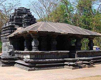 Shri Mahadev Temple, Tambdi Surla