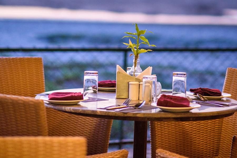 nazare dining in beleza