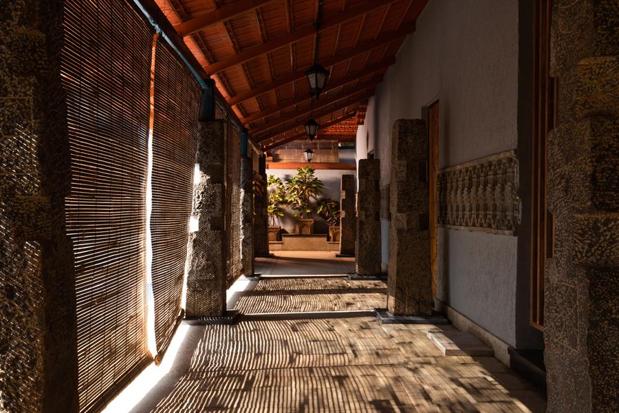 spa-walkway